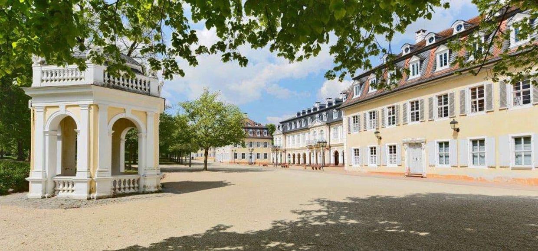 Comoedienhaus Wilhelmsbad Arkadenbau und Pavillion an der Promenade
