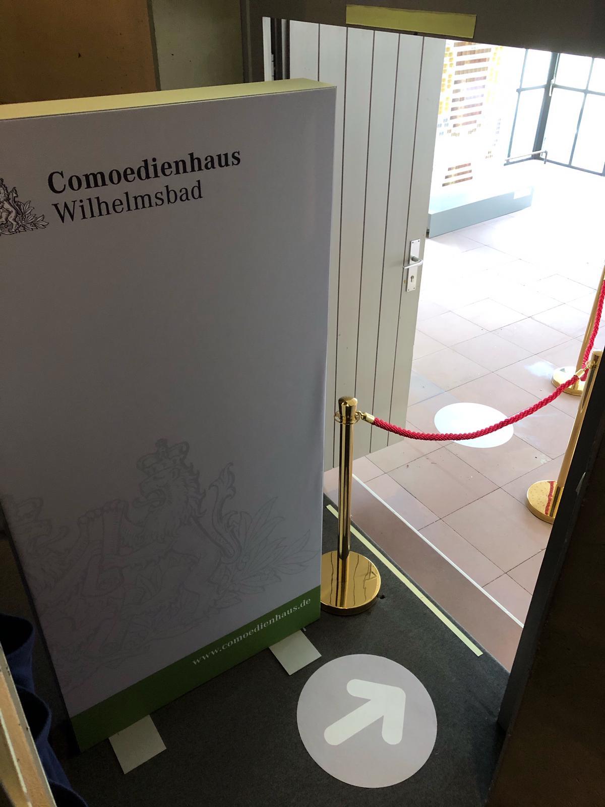 Corona-konforme Besucherführung im Comoedienhaus Wilhelmsbad